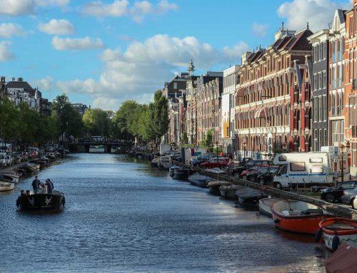 5 geweldige Nederlandse plaatsen waar je kunt varen